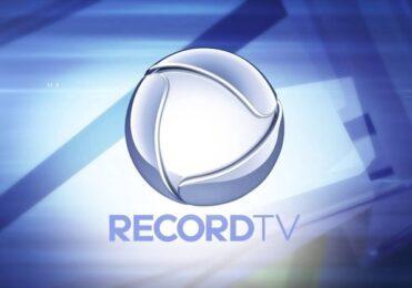 Âncora da Record ataca concorrente da RedeTV!: 'Nasceu Mentiroso' – TV & Novelas – iG