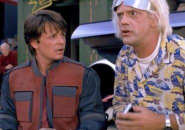 Astros do filme 'De volta para o futuro' recriam cenas clássicas  – Cultura – iG