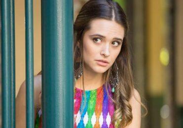 Cassandra fecha acordo com Carolina em 'Totalmente Demais' – TV & Novelas – iG