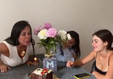 Gretchen comemora 61 anos: 'Consigo comprar tudo o que quero' – Celebridades – iG