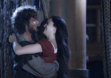 Joaquim se emociona com bebê de Anna em 'Novo Mundo' – TV & Novelas – iG