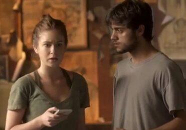 Jonatas e Arthur brigam e Eliza se muda em 'Totalmente Demais' – TV & Novelas – iG