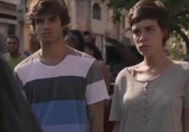 Jonatas e Leila se incomodam Fabinho em 'Totalmente Demais' – TV & Novelas – iG