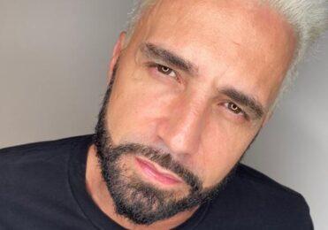 Latino tenta sortear cachorro e é detonado por Luísa Mell – Celebridades – iG