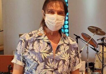 Roberto Carlos recomenda uso de máscaras de proteção devido Covid – Fabia Oliveira – iG